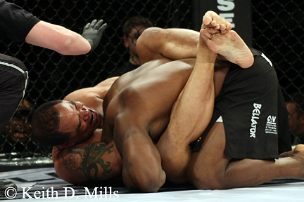 Jamal Patterson with submission