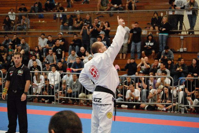 Xande Ribeiro Celebrates another World BJJ title