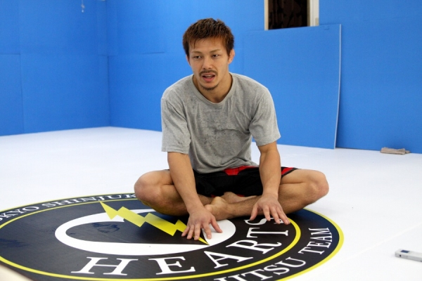 Yojiro Uchimura is looking for a solid win over Guy Delumeau, then a title shot against Takumi Nakayama.