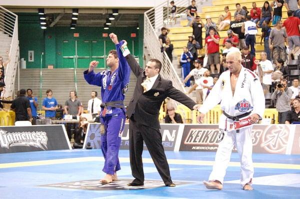 Double-Double Gold as Buchecha defeats Vieira