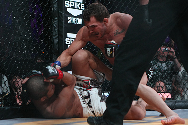Michael Chandler to defend LW title at Bellator 97