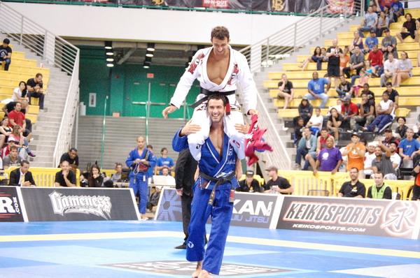 Romulo Barral and BRaulio Estima shared the victory