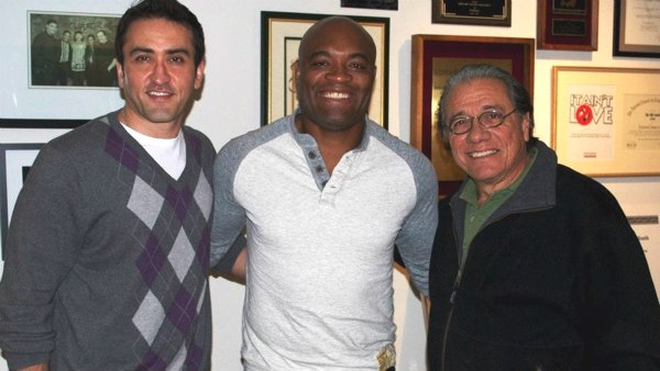 """From L to R: Sader, Silva and Olmos - Cast of """"Monday Nights At Seven"""""""