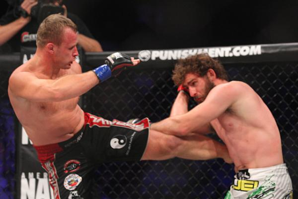 Alexander Shlemenko to defend Bellator MW title