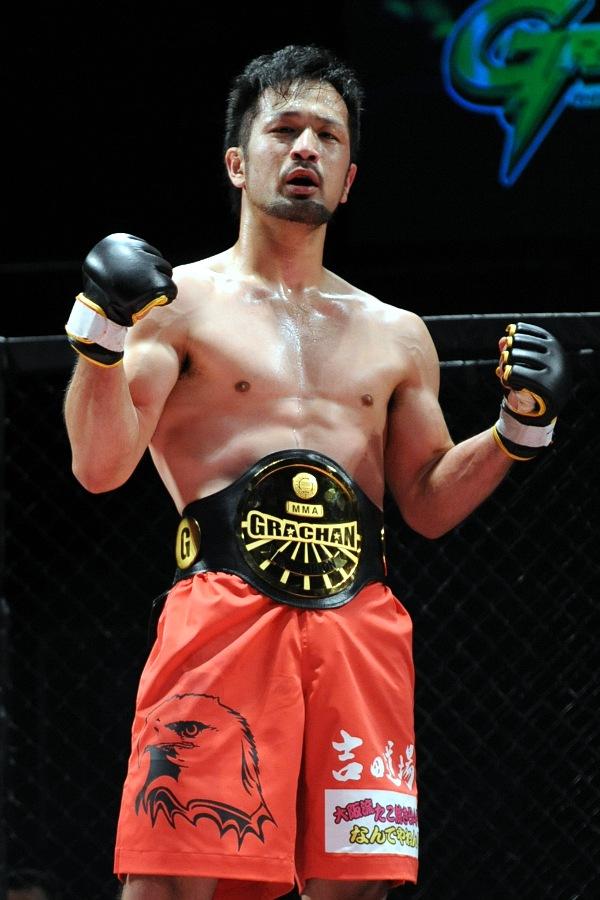 GRCHAN 135 lbs champ Kensaku Nakamura from Yoshida Dojo is undefeated (6-0) in GRACHAN.