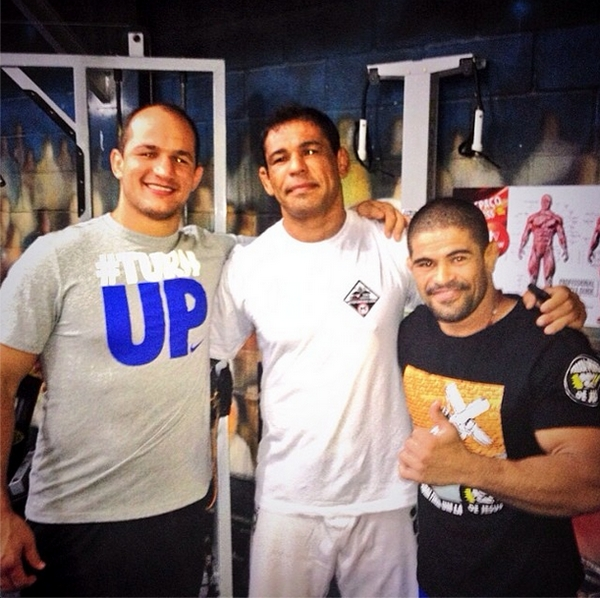 Junior Dos Santos, Minotauro Nogueira and Toquinho while training with Team Nogueira