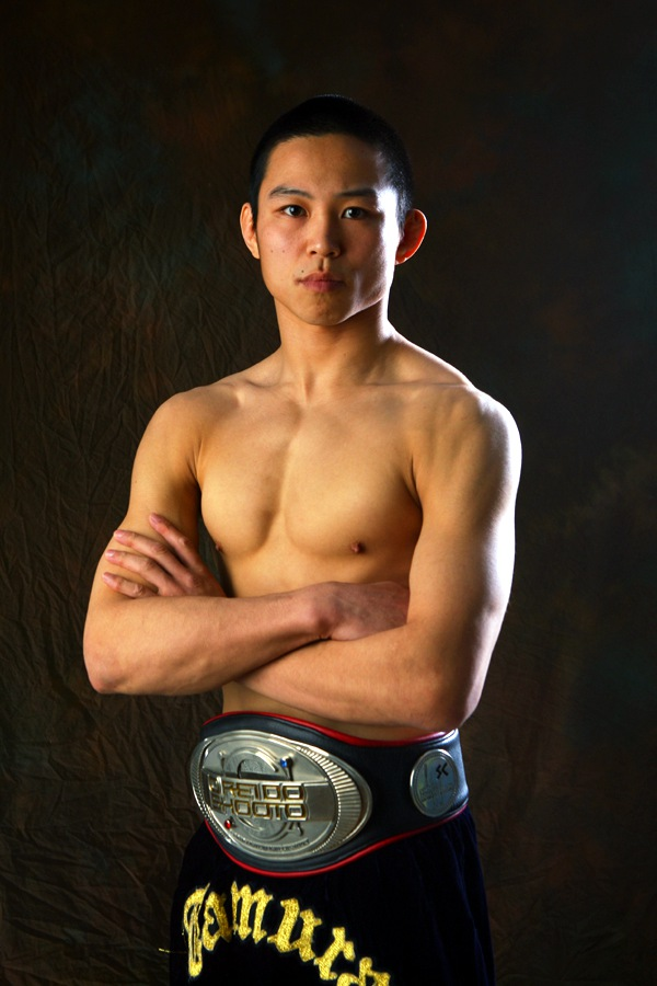 Akitoshi Tamura is a former Shooto world champion at 145 lbs fighting for Pancrase for the first time in his career.