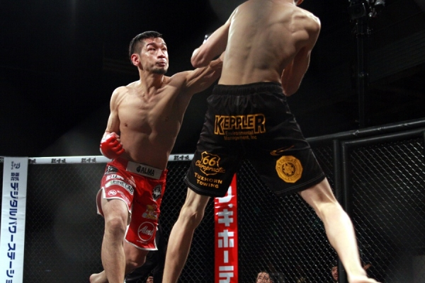 Shintaro Ishiwatari looked solid against a last-minute replacement Trevor Ward