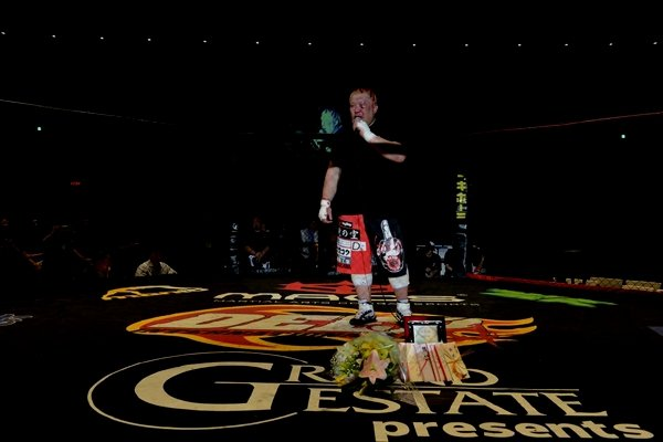 At age 38, SEIGO now officially retires from sport of MMA