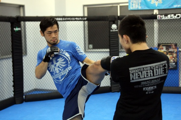 Shintaro Ishiwatari at the media work out held at CAVE gym in Tokyo