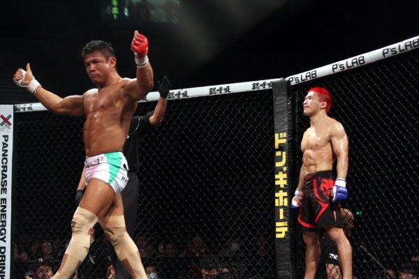 Satoru Kitaoka (left) dominated AKIRA