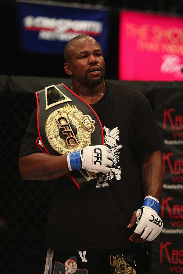 Anyanwu with belt
