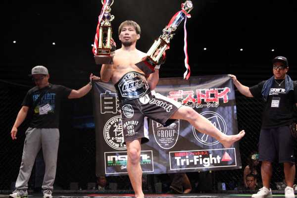 K-taro Nakamura is now DEEP welterweight champion and 9-1 in his last 10 fights
