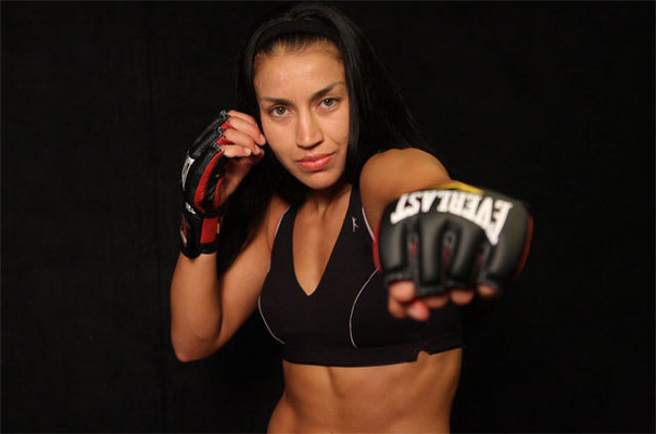 Former Bellator champion Zoila Frausto