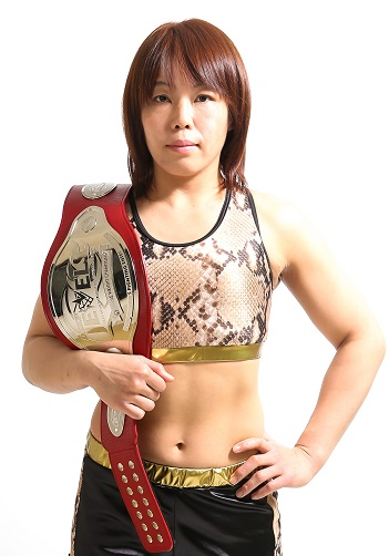 Strikeforce / Invicta FC veteran Takayo Hashi is looking to settle the score with Ji Yeon Kim from Korea. These two fought to a draw little over a year ago