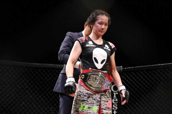 MIZUKI (a.k.a. Mizuki Inoue) defended her DEEP JEWELS 115 lbs title on last Saturday but she was not too happy with her performance