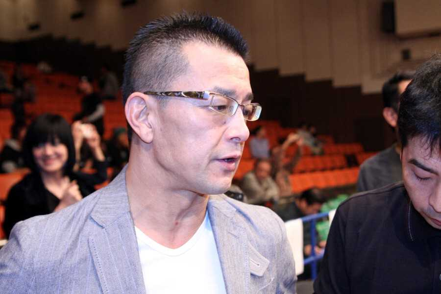 Nobuyuki Sakakibara of RIZIN FF talking to the reporters at DEEP 73
