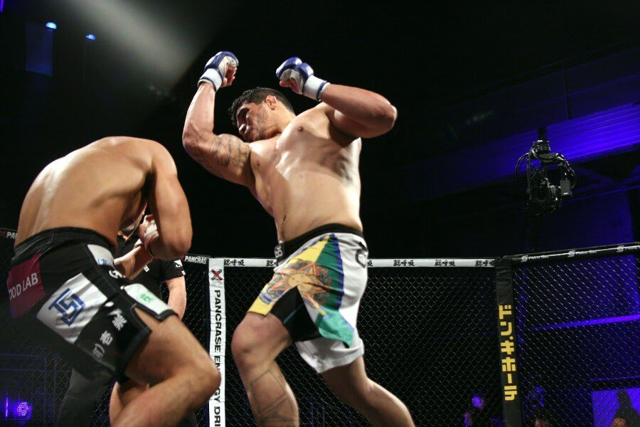 Givago Franciso (right) KO'd Ikkei in just 109 seconds in Pancrase 268