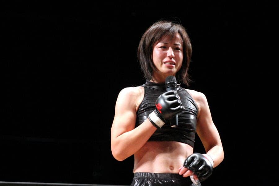 Mika Nagano was in tears after winning in the headliner of DEEP JEWELS 13