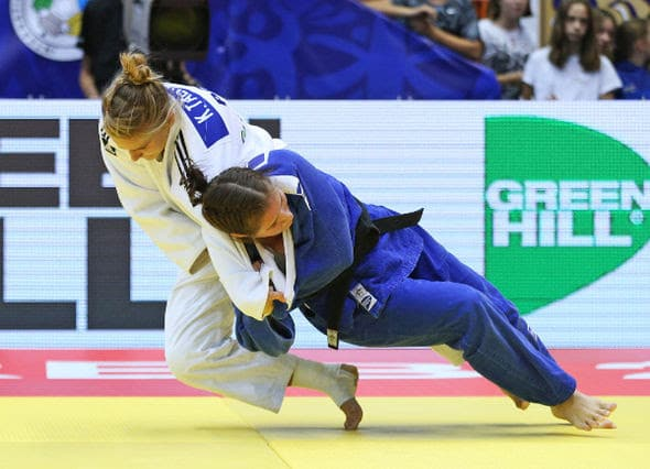 Karolina TALACH (POL) vs Diana DZHIGAROS (RUS)