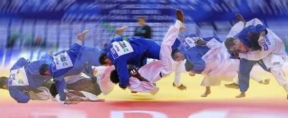 100kg-quarter-final-action-as-denisov-rus-in-blue-defeated-awiti-alcaraz-gbr