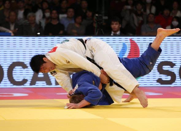 NAGASE Takanori (JPN) vs Dominic RESSEL (GER)