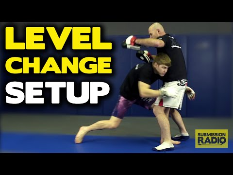 Takedown SETUP, using level-change and strikes - by UFC Lightweight Jake Matthews